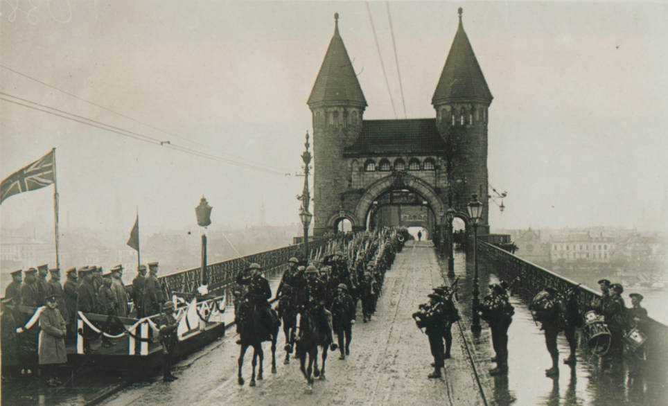 21st Bat Crossing the Rhine Dec 1918.png
